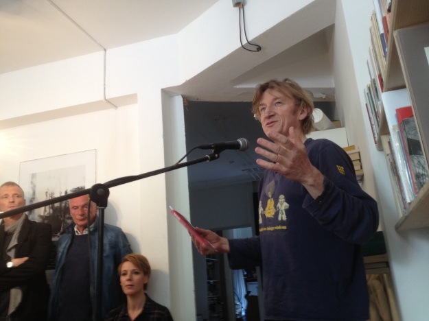 Jens Albinus reads Paul Auster's contribution to the ARK Books publication. Photo: Lone. 2015